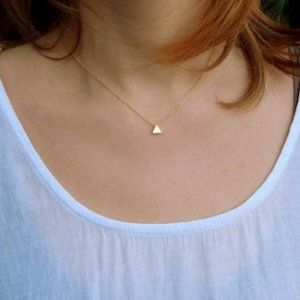 Single Triangle Necklace (Gold)